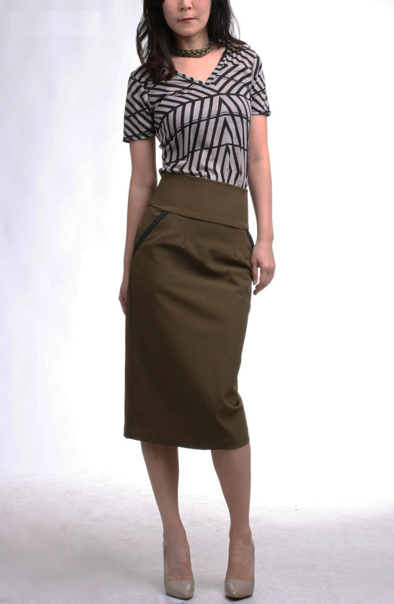 5778b7fa22bcd Plus Size Khaki Skirt