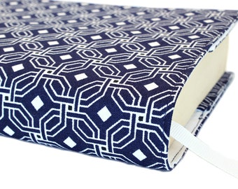 Paperback book cover, Mass Market, Reusable fabric book cover, Book Protector, Durable, Washable - Navy Chain Geo