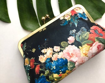Clutch Floral Roses Bridesmaid Gift Purse Personalized Bridal Party Bags Customize Handbags Monogram Idea Kisslock