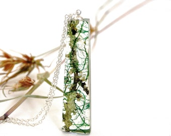 Nature inspired resin necklace. Terrarium necklace. Botanical jewelry. Real Moss and Lichen necklace. Woodland jewellery. By OCEAN PETALS