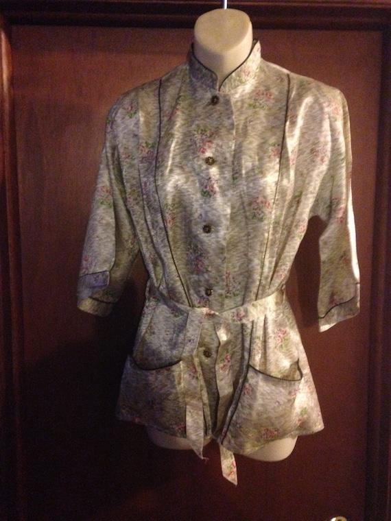 Vintage Skylon Floral Acetate Bed Jacket
