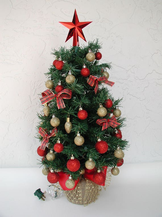 image 0 - Fully Decorated Christmas Tree