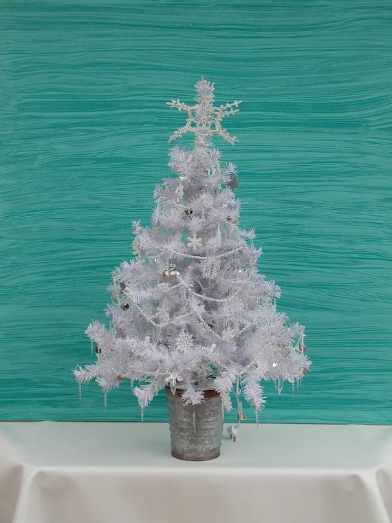 Superb Winter Wedding Centerpiece Tree White Christmas Tree 100 Clear Lights Snowflakes Tree Pearl Garland Crystal Garland Wedding Decor Download Free Architecture Designs Remcamadebymaigaardcom