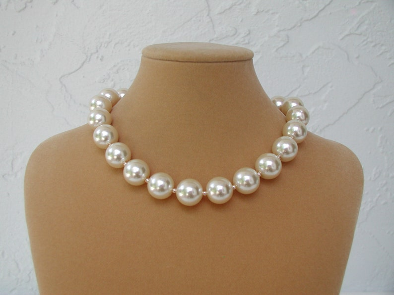 fc07dcdd16e2b Large Pearl Choker, Pearl Necklace, Bridal Choker, Fashion Jewelry, Bridal  Necklace, Big Pearl Beads, Gift for Her, White, White and Gold