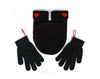 Feeling Smitten? Get a Couples mitten! Perfect Anniversary or Wedding present, Gloves and Smitten Card Included Free Shipping in the USA