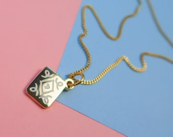 Itty Bitty Golden Custard Cream Necklace - Gold Plated Biscuit Pendant