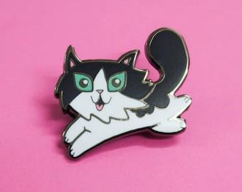 Frankie Norwegian Forest Cat Enamel Pin / Pin Badge - Flair - Enamel Badge - Kitty pin - Kitten badge - Long Haired Tuxedo Cat