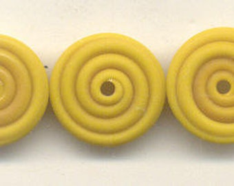 16, 18mm, Tom's lampwork opaque satin (etched) frosted ochre (mustard) yellow 2 disc spacer set, 1 pair 95746-2