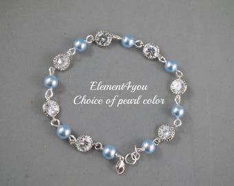 Bridal jewelry bracelet Bridesmaid silver bracelet Pearls Cubic Zirconia CZ Bridal party gift Delicate bracelet Ivory cream white pearls