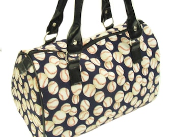 USA Handmde Totebag Handbag With Wild Wild Wild Animal Kingdom Pattern Cotton Fabric New Rare