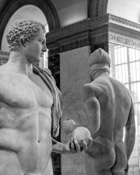 Naked greek statue guys — pic 12