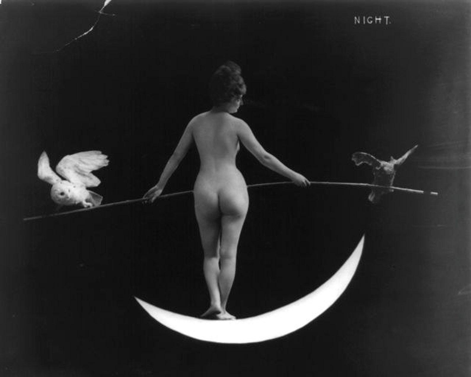 Hot moon naked woman beautiful fat ass
