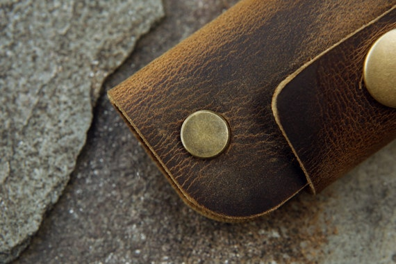 Vintage rustic leather key organizer slim full grain leather key holder case