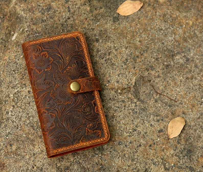 Women embossing leather iPhone 12 11 pro wallet case iPhone 12 image 0