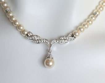 Cream pearl crystal necklace Bridal wedding, made to order