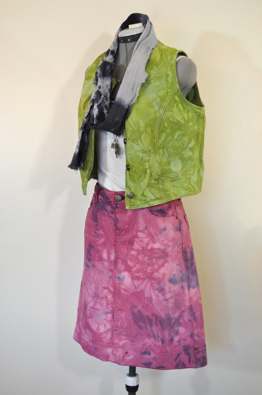 Vintage Scarf Styles -1920s to 1960s Pink Red Denim Jean Skirt - Violet Blue Upcycled Vintage Gap Skirt Adult Womens Size 4 Small  30 Waist $28.00 AT vintagedancer.com