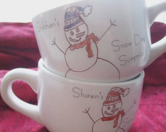 Gift, Holiday Snowman, Mug, Personalized Mug, Cocoa Mug, Personalized Hot Chocolate cup, Winter, hot chocolate, (ONE MUG)