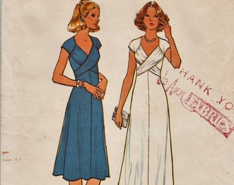 Simplicity 7805 / Vintage Sewing Pattern / Dress Gown / Size 10