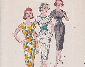 Butterick 8503 / Vintage 1950s Sewing Pattern / Dress / Size 12 Bust 32 / Unused