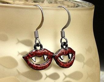 Vampire Fangs Earrings, Red and Black Vampire Lips Dangle Earrings, Vampire Teeth Earrings, Goth Earrings, Halloween Themed Dangle Earrings