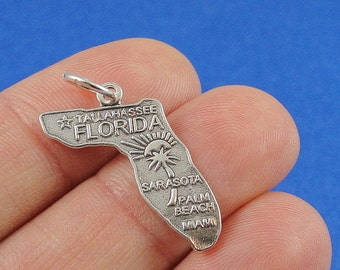 Antique Silver 20X25mm CM1293S Florida Charms Florida State Map pendant beads up to 6 pcs