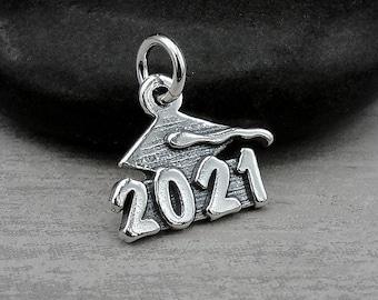Sterling Silver 2021 Graduation Charm, 2021 Graduation Cap Pendant, 2021 Graduation Cap Charm, Class of 2021 Charm, Graduation Gift Jewelry