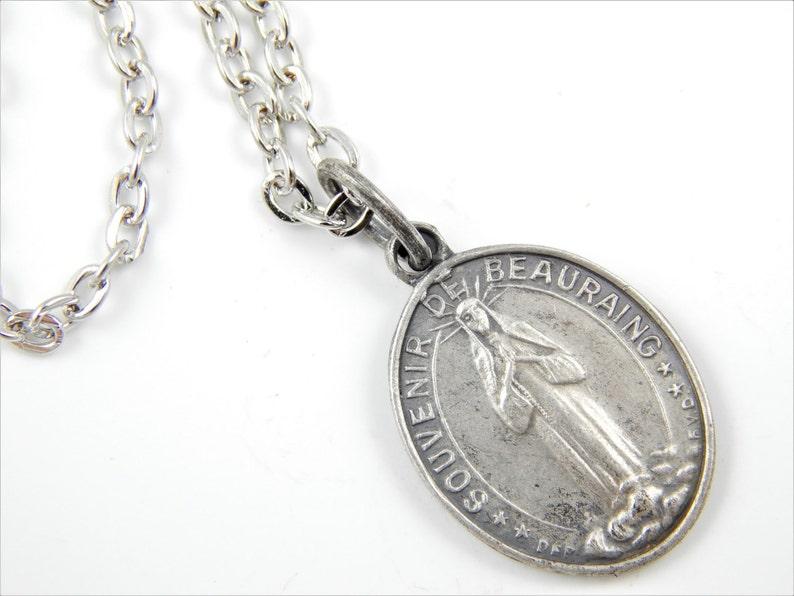 e6ea80e32a5f Nuestra Señora de Beauraing collar joyas Vintage católico