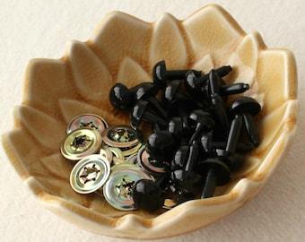 10.5mm Black Craft Safety Eyes / Amigurumi Eyes / Animal Eyes / Plastic / Doll Eyes - 10 pairs