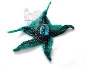 Teal star felt hair jewel...