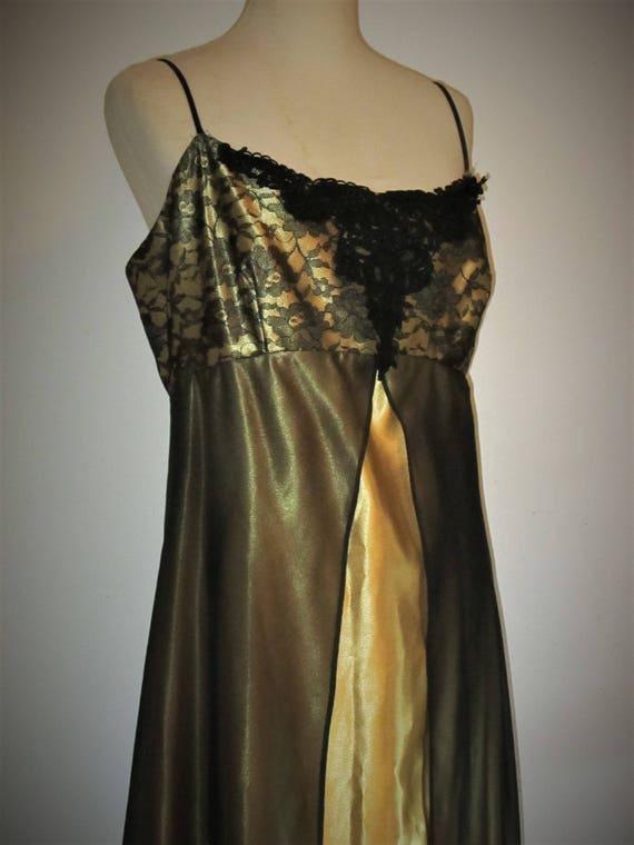 Gorgeous Vintage Loralie Gown / Gold Metallic Gown