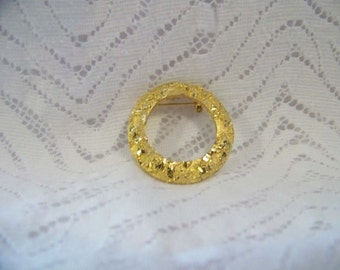 Vintage Mamselle Etched Goldtone Brooch 60's Brooch