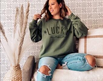 Lucky Mama, Lucky Mom t-shirt, Lucky Shirt, Lucky tee, St. Patrick's Day, Saint Patrick, Saint Patrick tee, St. Patrick Tee, Clover