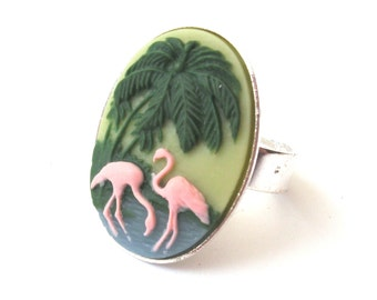 Pink Flamingo Ring, Flamingo Cameo Ring, Antique Silver Plated Plain Edge Setting, Kitsch, 50s Style, Tropical Ring
