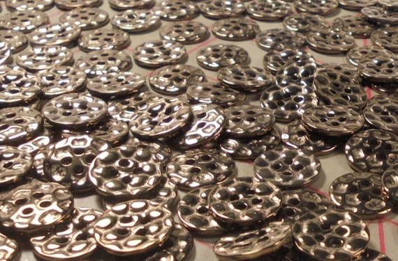 """6 Metal Buttons Steel Grey Color Bubble Pebble Look Reversible 1-1//8/"""" 26mm 4Hole"""
