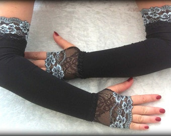Fingerless gloves very long black with lace