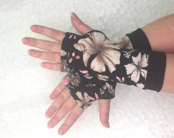 Fingerless  gloves White flowers Completely Lined with Cuffs