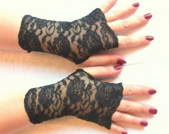 SALE. 20% OFF..Fingerless  lace black short  gloves- point system,Gothic gloves,victorian