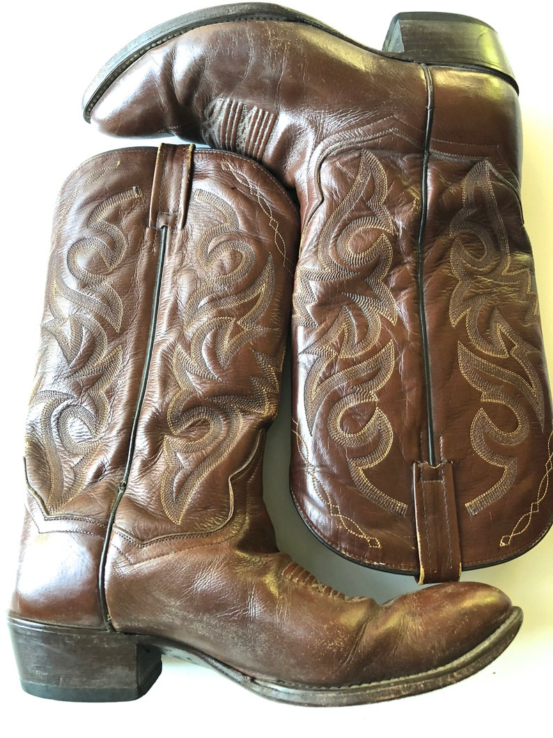db7cd90caad VINTAGE MENS Western Dan Post Brown Cowboy Boots, Made in Mexico,  Valentine's Gift for Him Mens Size 9.5