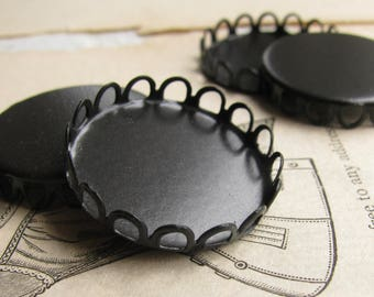 22mm Lace edge round bezel cup setting, black antiqued brass (4 scalloped trays) flat back setting, 22mm bezel