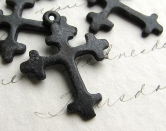 Crusades cross charm from Bad Girl Castings, 27mm - solid antiqued black pewter  (4 small pendants) distressed oxidized finish CH-SC-022