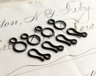 Tiny hook and eye set, 11mm hook and 11mm snowman eye, black antiqued brass (4 sets) oxidized brass, infinity link