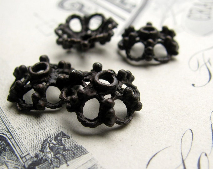 10mm rustic filigree bead cap from Bad Girl Castings - dark, distressed, aged black pewter beadcaps (4) black oxidized pewter BC-SG-037