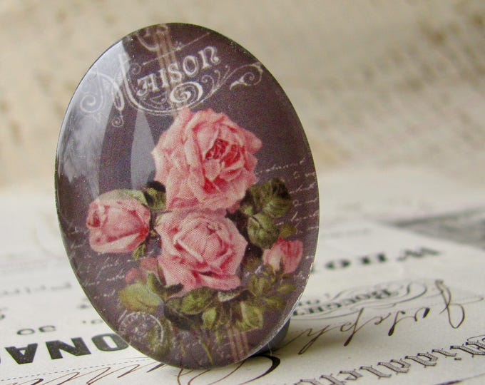 Pink roses on a chalkboard, handmade glass oval cabochon from our Fabulous Florals collection, vintage flowers blackboard 40x30mm 30x40mm