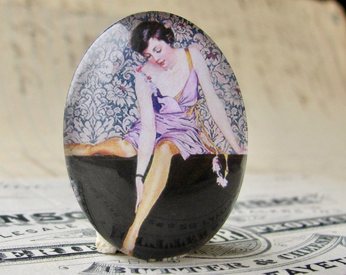 1920s vintage stocking ad, handmade 40x30mm or 25x18mm glass oval cabochon, flapper era, Jazz fashion, commercial illustration