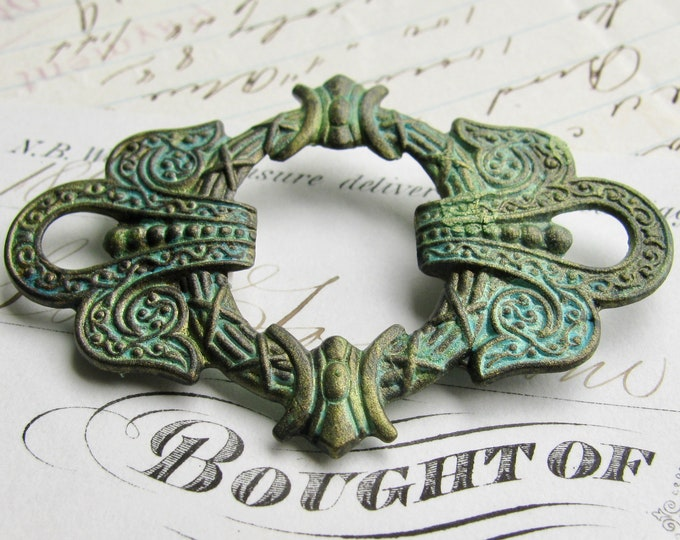 New! Absinthe finish, green patina, antiqued brass, ornate wreath connector, 50mm wide, large link, fancy finish, green fairy, magical
