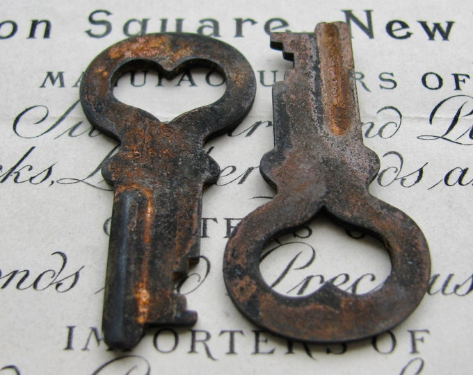 Pair of hearts, two genuine antique safety deposit bank keys, 1.5 inches, rusty, rustic, distressed, aged black patina, authentic vintage