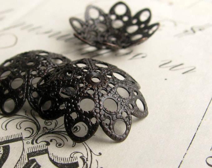 18mm domed, scalloped filigree bead cap - (4) dark antiqued brass bead caps, black bead cap, large bead cap, aged patina, pierced  BC-ET-030