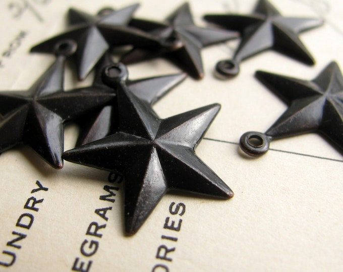 Sailor Jerry tattoo star charms, 18mm, black antiqued brass (6 charms) nautical star charm, boating, water, beach, patriotic