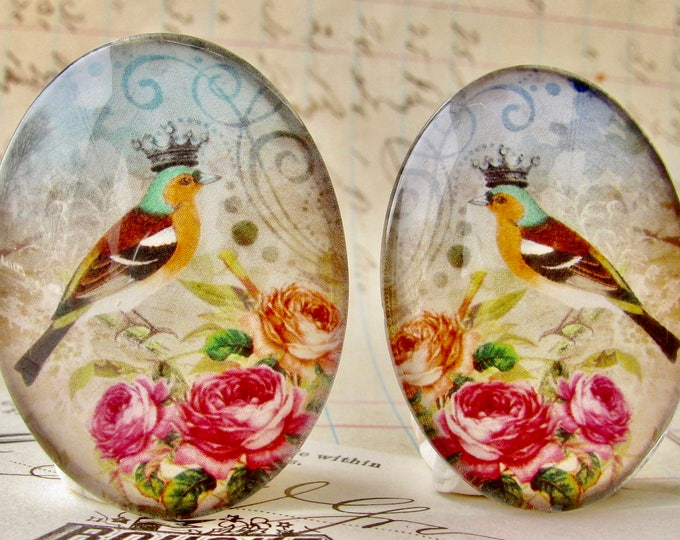 Mirrored pair of songbirds with crown and pink roses, opposite facing, handmade glass cabochons, 40x30mm ovals, pink flowers, left right