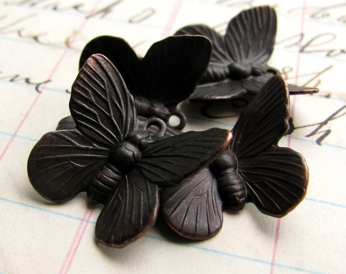 Black brass butterfly charms - dark antiqued brass (4 charms) aged, black finish, garden insect, woodland meadow, upturned wings in flight